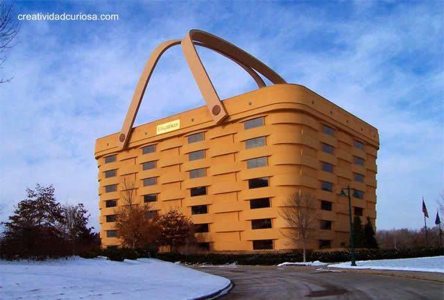 Casa con la forma de una canasta