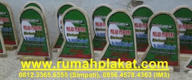toko plakat surabaya, pengrajin marmer malang, jual trophy award murah, 0812.3365.6355, www.rumahplakat.com