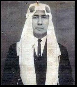 abah anom semasa mudanya by.  dokumen pemuda tqn suryalaya