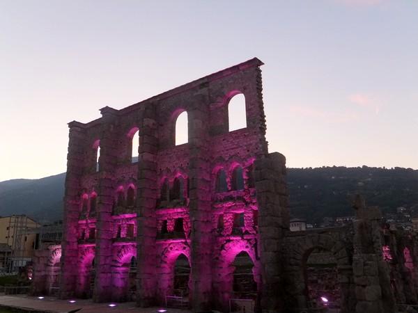 Aoste Aosta Italie vestiges romains théâtre teatro nuit