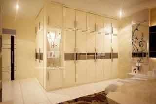 kamar tidur utama - lemari pakaian