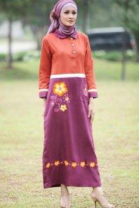 Najya Gamis J40 - Merah Bata Ungu (Toko Jilbab dan Busana Muslimah Terbaru)