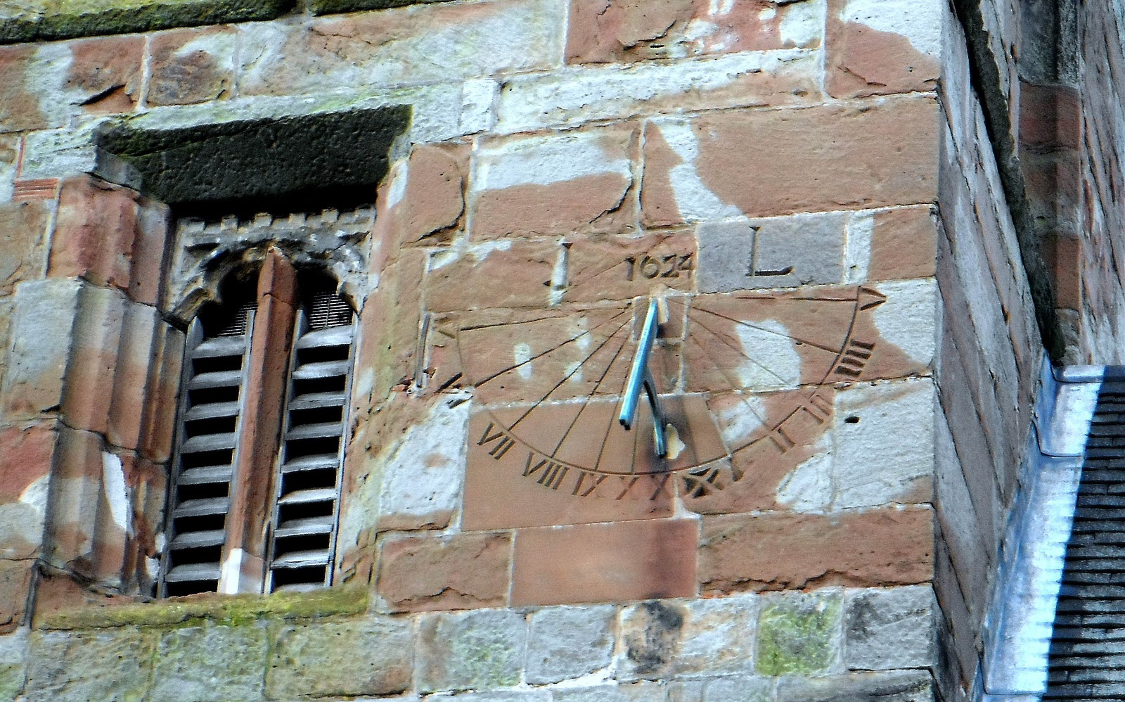 Sun-dial on Castle Church in Stafford