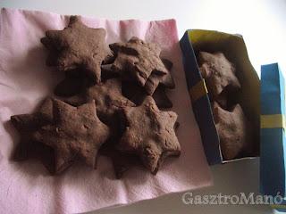 Marcipánnal töltött keksz