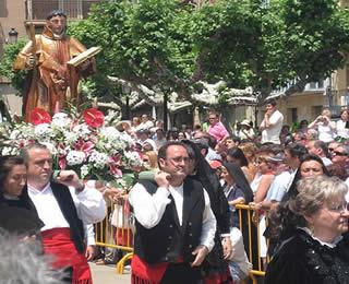 Lunes de bailas en las fiestas de San Juan en Soria