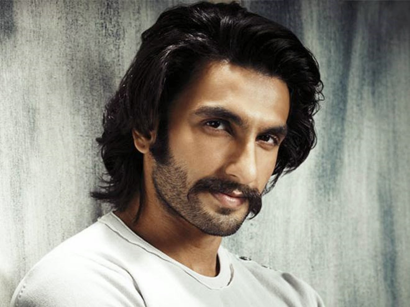 Ranveer Singh New Look hd Wallpaper Ranveer Singh hd Wallpapers