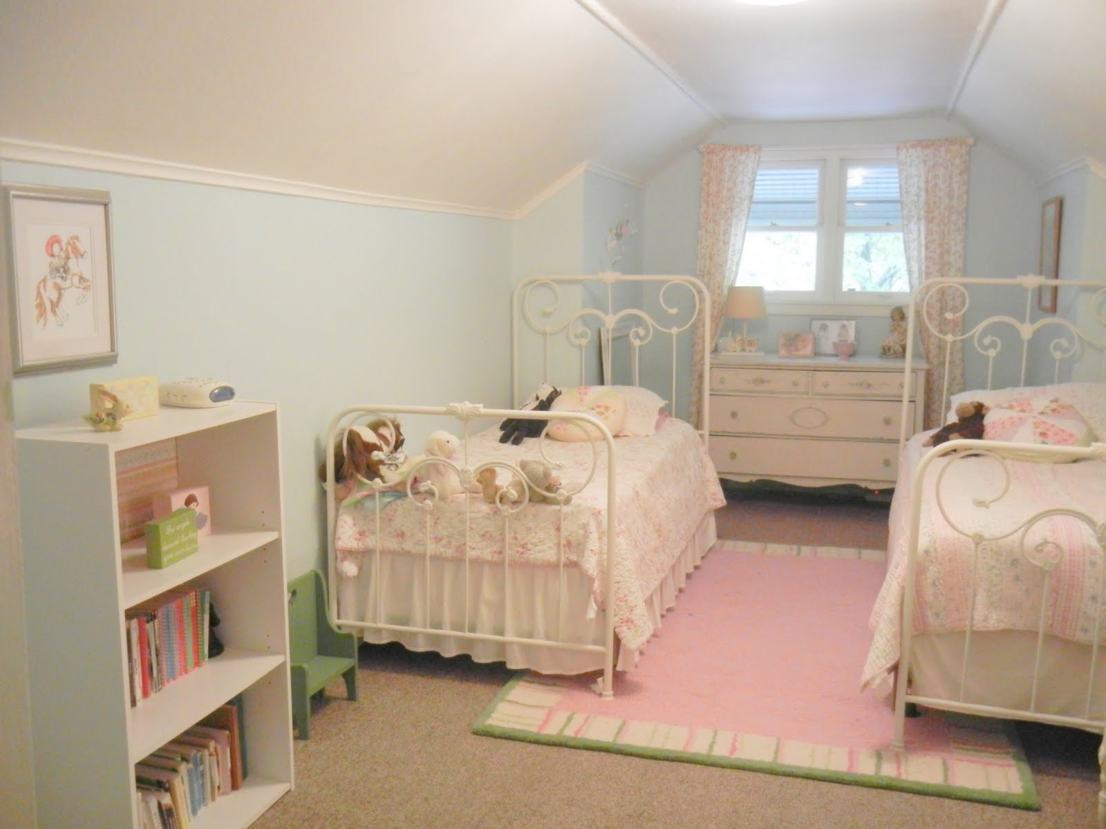 Life On Circle Avenue The Girls Bedroom Updated