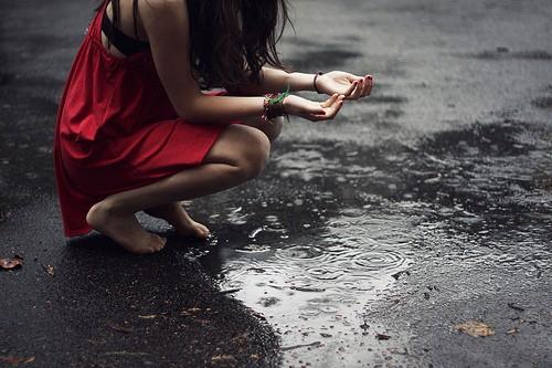 sad girl alone rain | 4loveimages