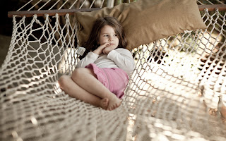 Mood Children Baby Kids Holiday Summer Beach Relax Girl HD Wallpaper