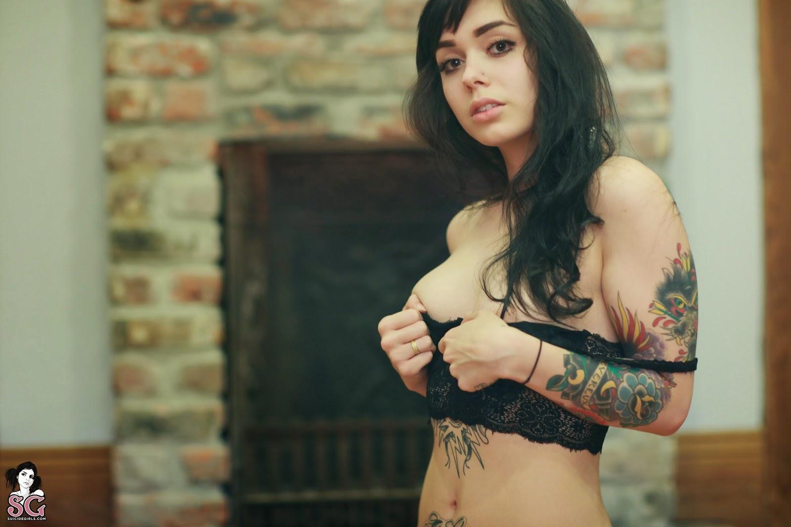 Anna-lee jackson naked