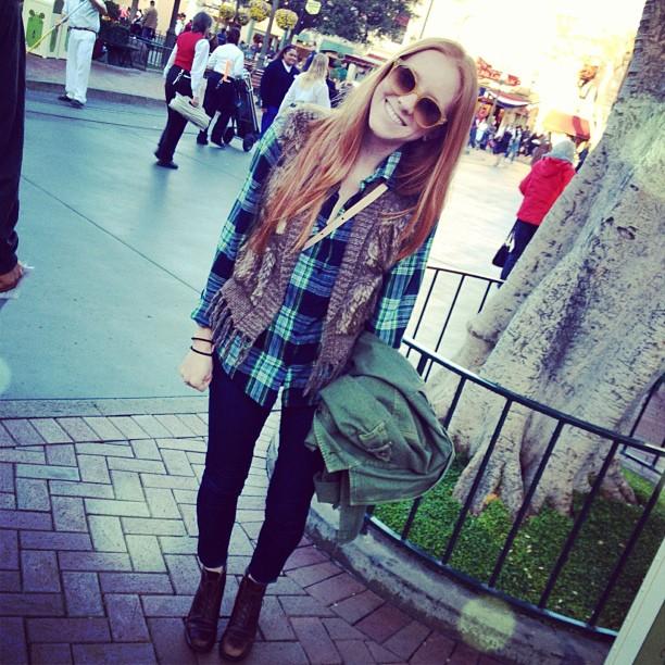 vest: macys shirt&jeans: forever21 boots: vintage sunnies: raybans jacket: boutique