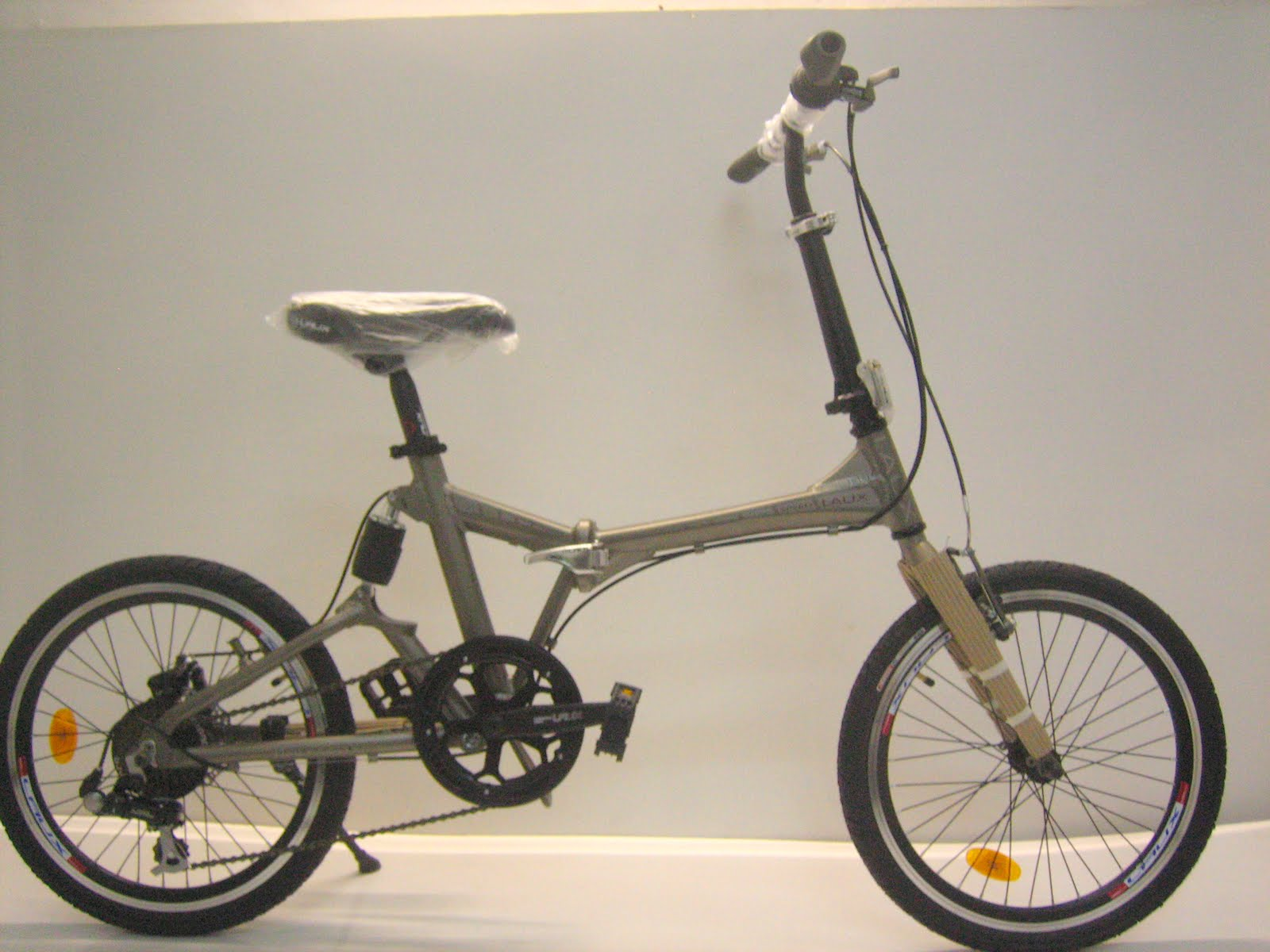 Top Bicycle 2011 Sifter Spd Lipat Shimano 7 Speed Sl Tx 30 Global Warming Is An Emerging Environmental Issues Discussed At This Time One Of The Causes Air Pollution Due To Emissions Motor