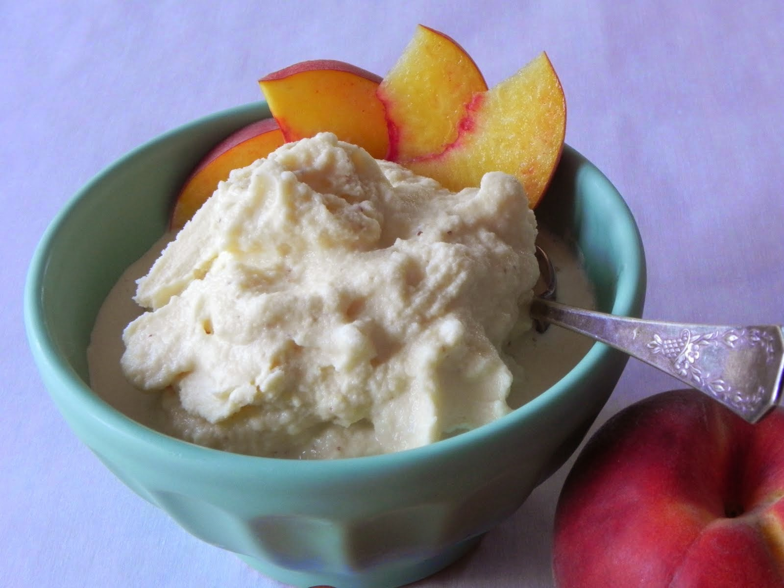 Gift of Simplicity: Fresh Peach Ice Cream
