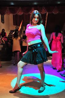 Sonia Agarwal Item Song Pictures 010.jpg