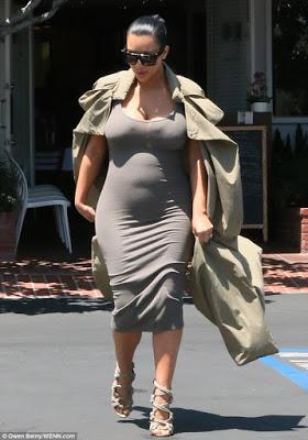 Kim Kardashian Says She is 5 months Pregnant