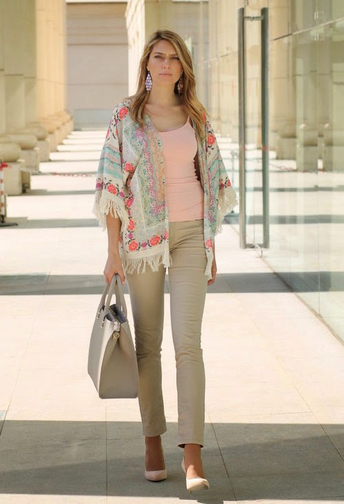 Wearing a H&M Kimono Cardigan