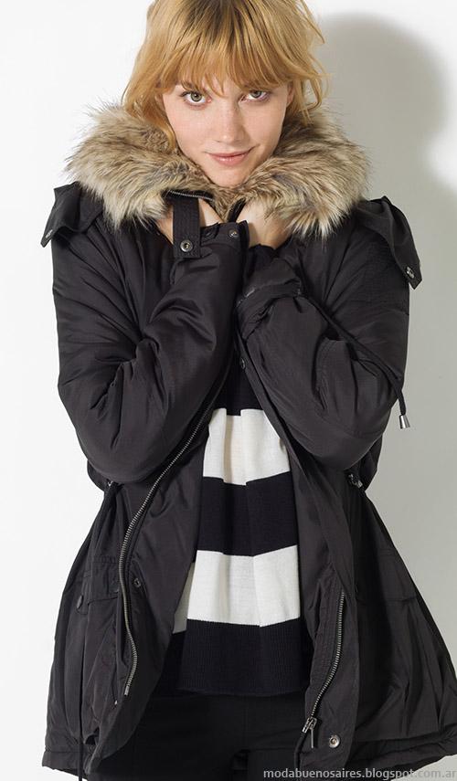 Moda invierno 215 mujer argentina. Yagmour otoño invierno 2015 camperas con cpuchas de piel.