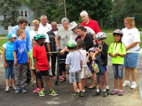 Pere Marquette Trail Ribbon Cutting