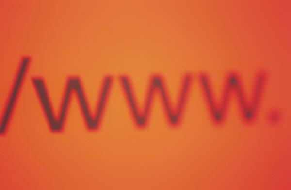 موقع غريب على شبكة الانترنت أصبح حديث المواقع والشبكات الاجتماعية