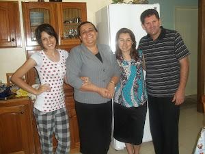 pastor Luiz de Romelândia,junto com sua amada familia..