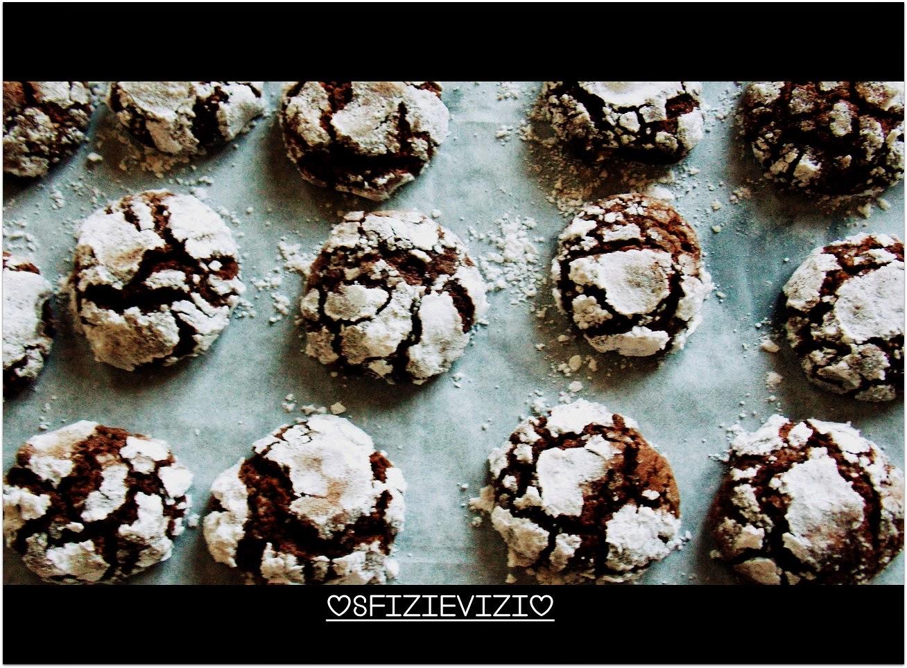 biscotti al cioccolato con arance candite - ricetta riciclo uova di pasqua ovvero il cioccolato che sposa l'arancia