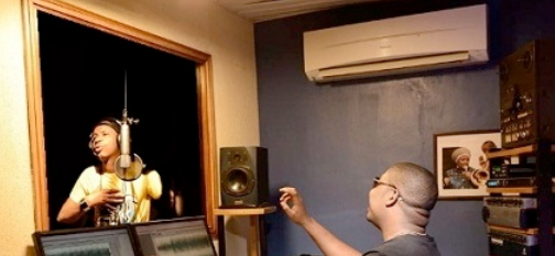 saka don jazzy studio mtn