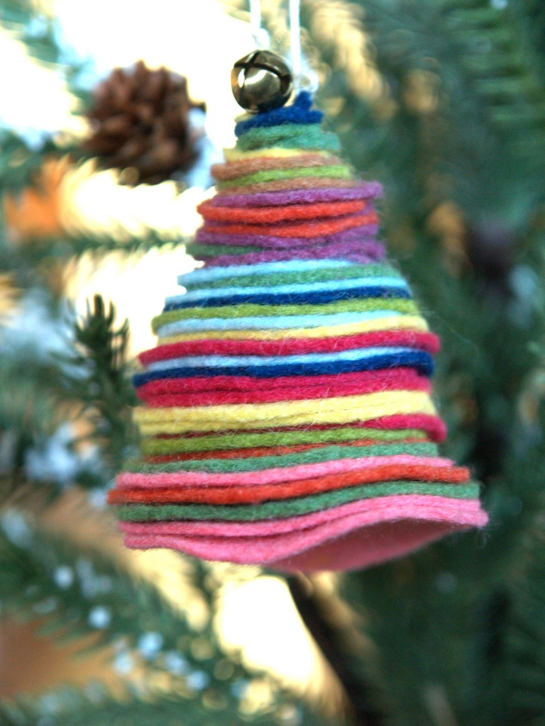 Felt Stacked Christmas Trees   Munchkins and Mayhem