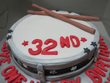 3D Drum Cake