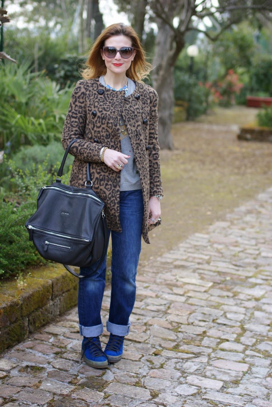 Givenchy Pandora grande, cappotto leopardato Zara, Ruco Line blue shoes, Fashion and Cookies, fashion blogger