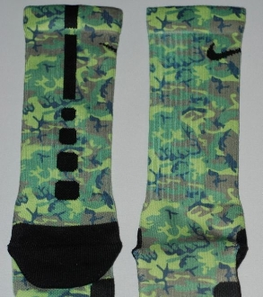 Nike Elite Socks  1Nike Elite Socks Camo Pink