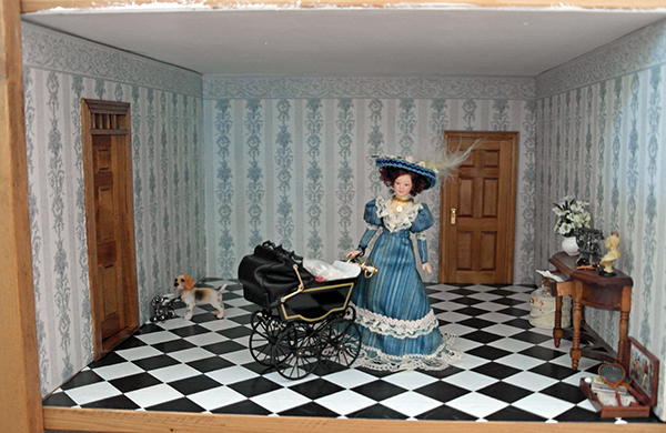 All about dollhouses and miniatures de hal van het for Deur behangen