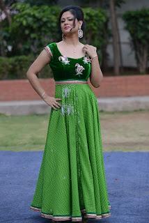 Shilpa Chakravarthy gorgeous stills 002.jpg