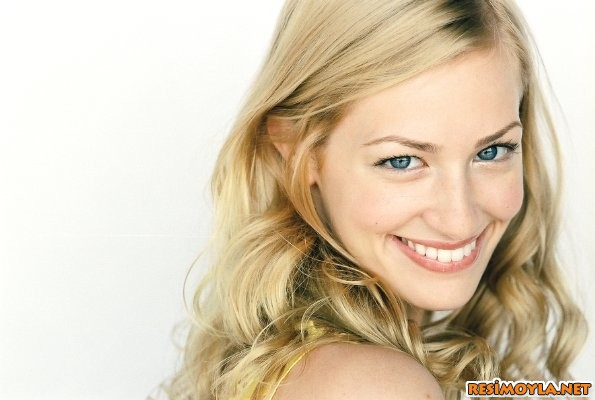 Beth Behrs young