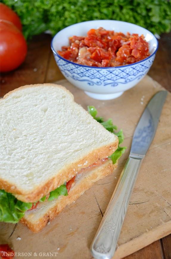 Sun-dried Tomato and Bacon Sandwich Spread | www.andersonandgrant.com