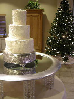 3-tier oversized round buttercream