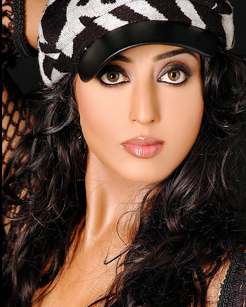 Mahie+Gill+Indian+Top+Model Mahi Gill photo sexywomanpics.com