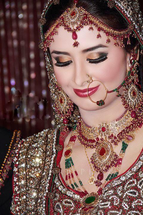 Latest Bridal Make up 2014 ( Special Pakistani Dulhan ...