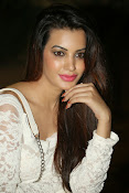 Diksha panth latest glam pics-thumbnail-7