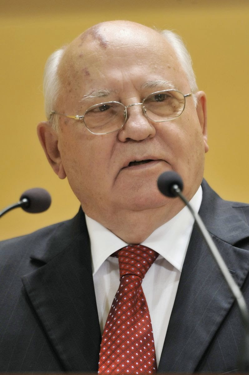 Mikhail Gorbachev: The World on the Threshold of the Cold War