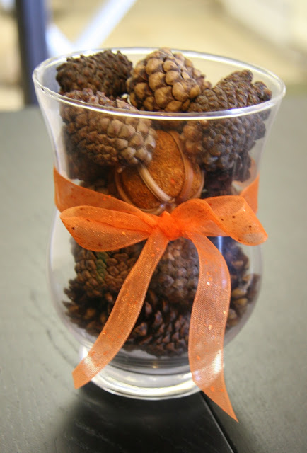 Fireflies and jellybeans easy fall centerpiece ideas