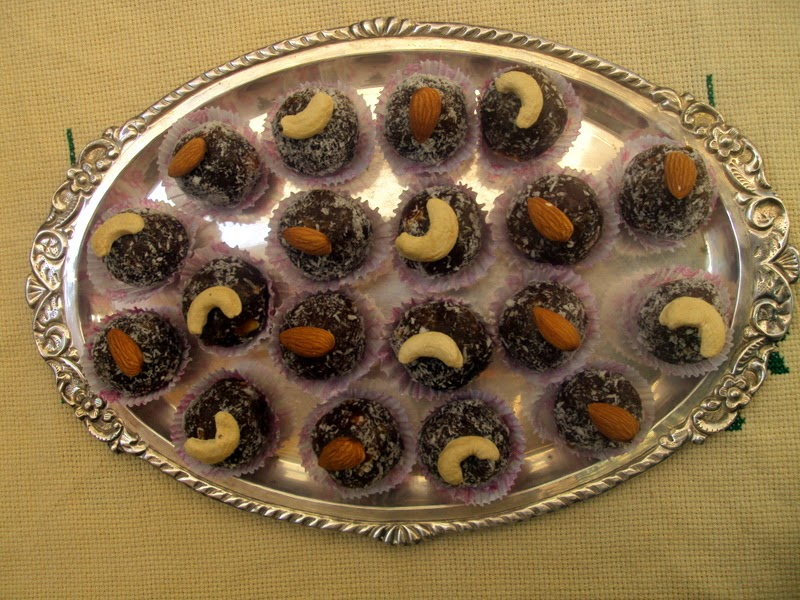 Khajur Balls