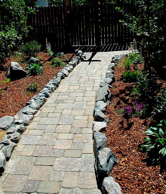 Design Paver Walkway