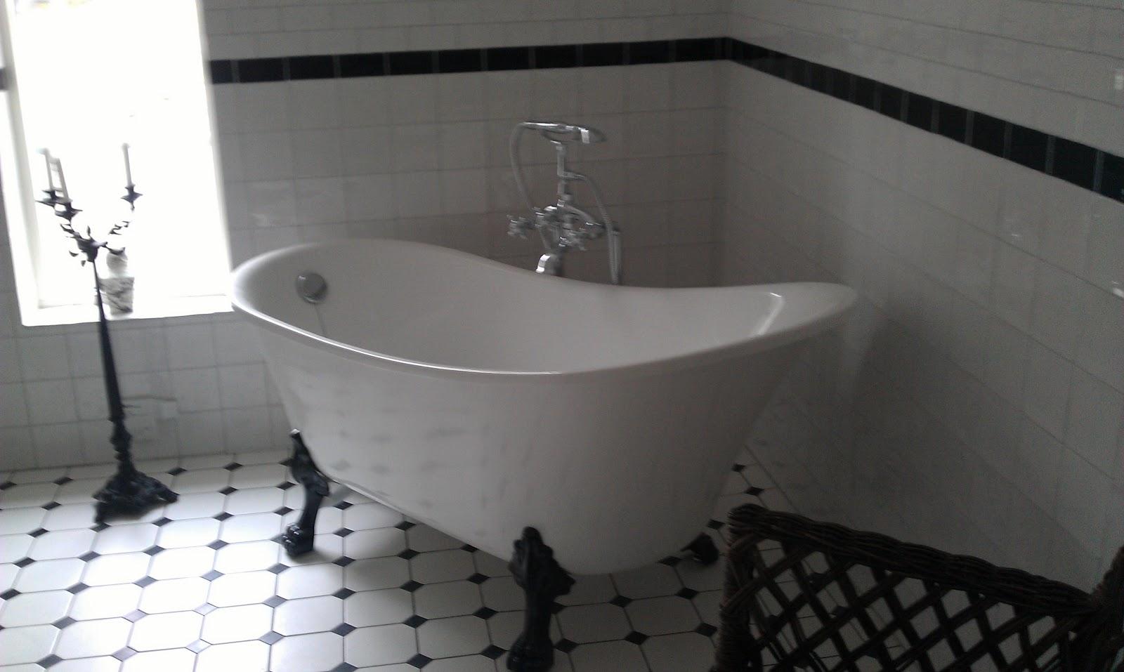 Sassa & COMPANY: En liten glimt av vårt nya badrum