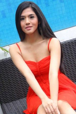 Foto Sexy Putri Una | insight ZONE