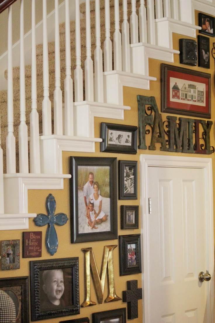 Wall Decor For Stairs : Creative staircase wall decorating ideas art frames