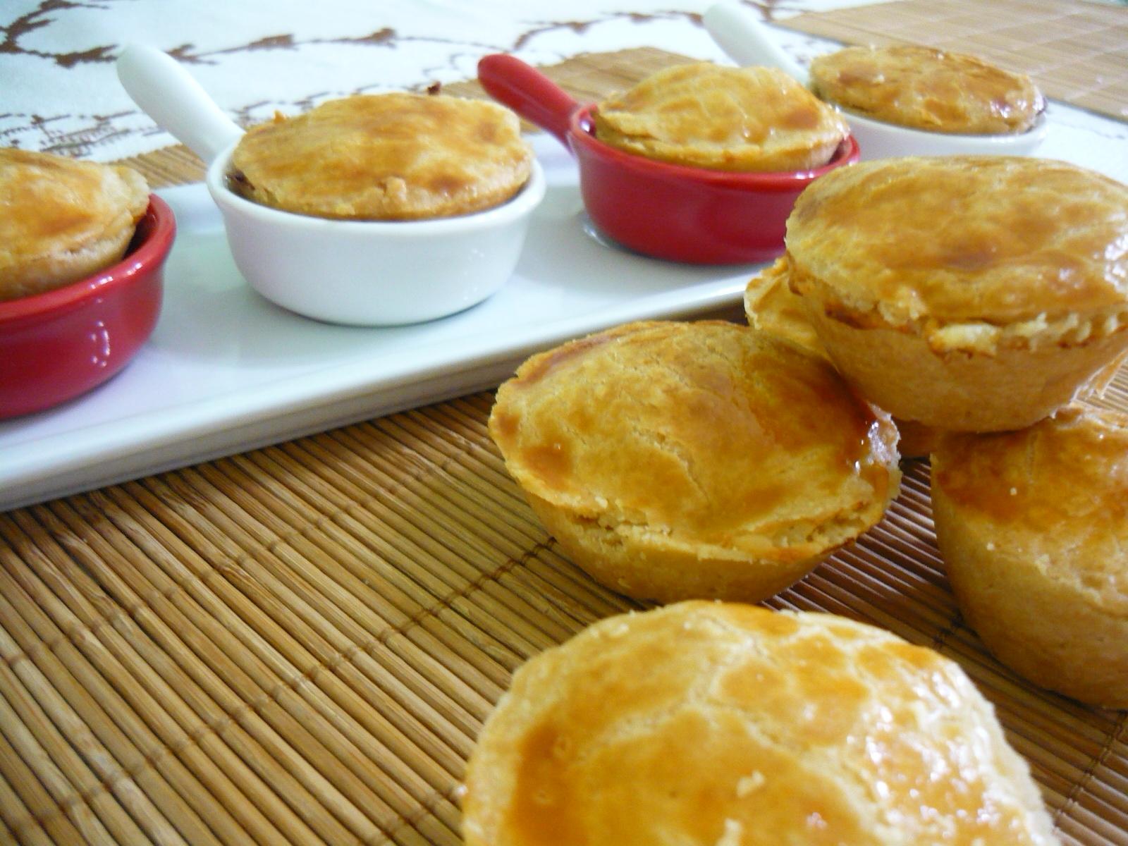 #743B15 Cozinha Santa: Empadinhas de Queijo e Milho da Palmirinha 1600x1200 px Programa Cozinha Brasil Receitas_3936 Imagens