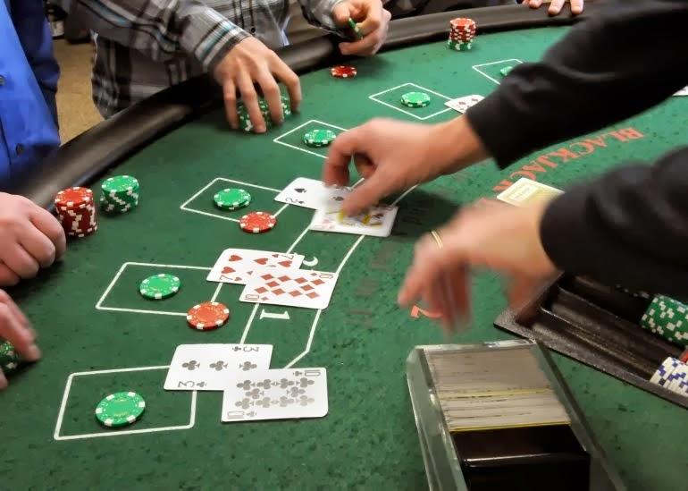 Casino dealing school online casino beach iowa