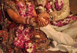 MAKE PARENTS AGREE FOR INTER CASTE LOVE MARRIAGE