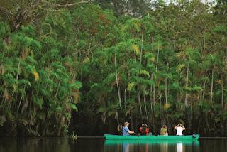 Reserva Ecológica de Limoncocha: Experiencia Natural y Cultural