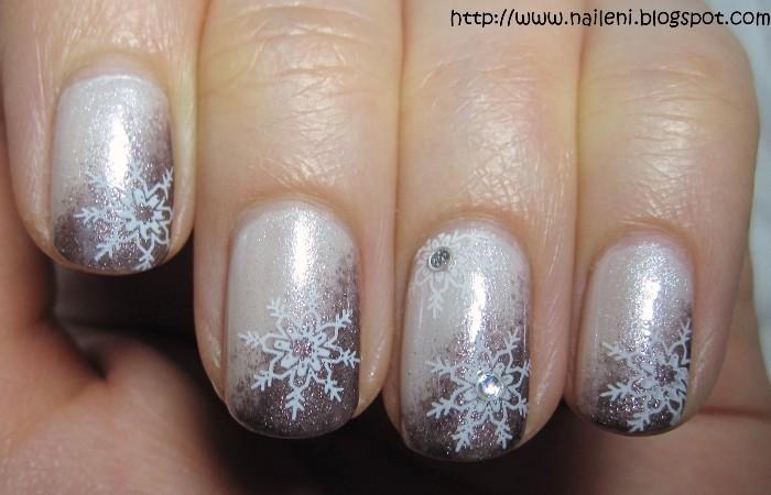 Nails Reloaded Nageldesign Schneeflockchen
